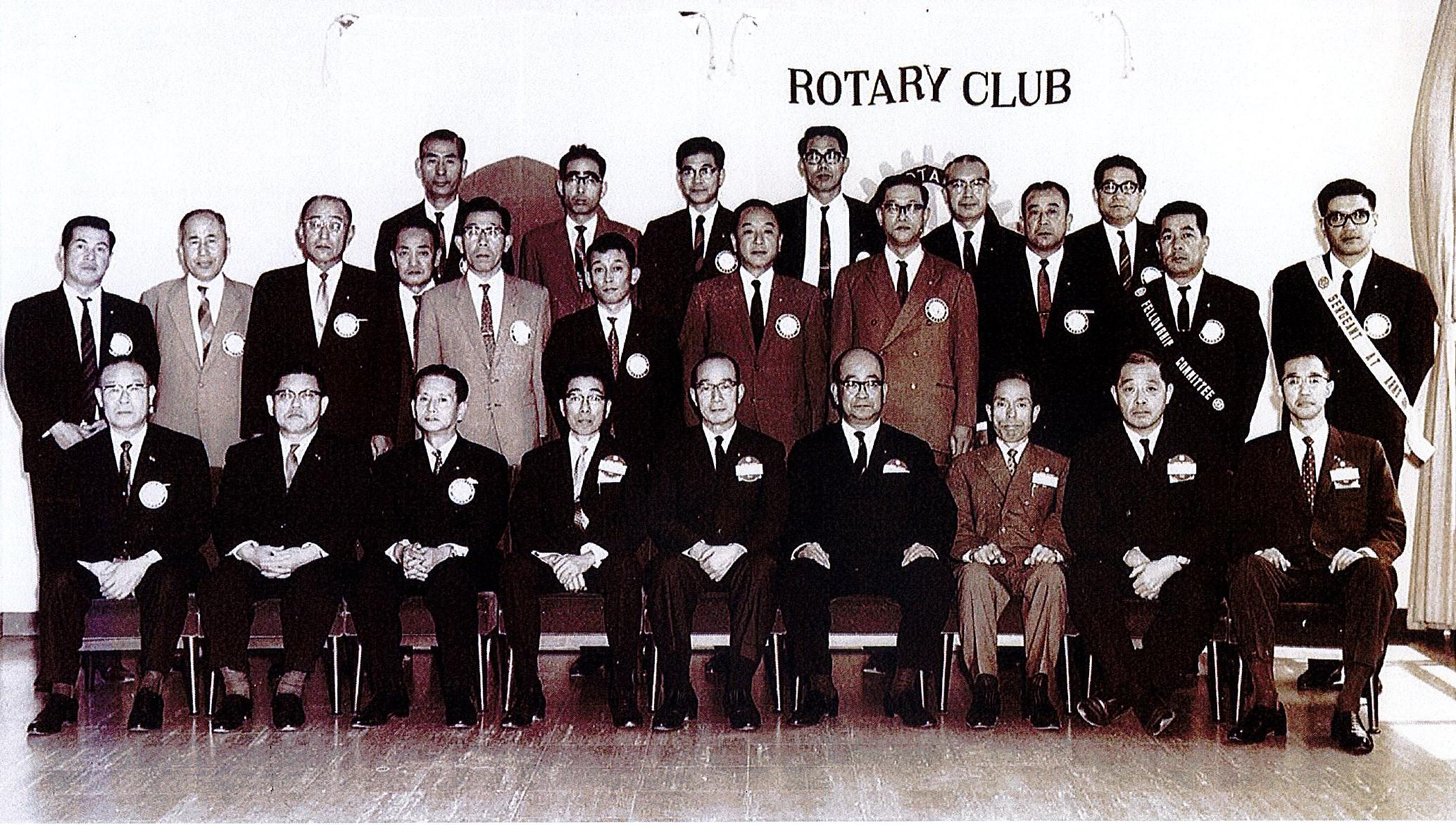 ようこそ創立50周年の門真ロータリークラブへ